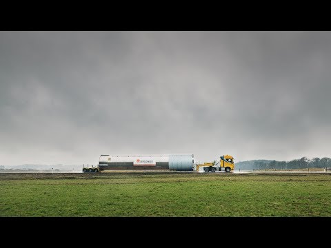 Volvo Trucks ? Follow special transporter Prangl on an extreme assignment