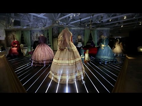 SCAD President Paula Wallace presents 'Threads of History: Two Hundred Years of Fashion'