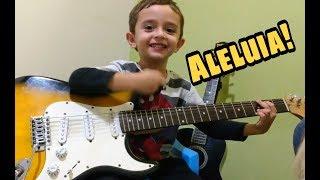 Davi tocando Aleluia ( Hallelujah) - Criança de 5 anos tocando Guitarra
