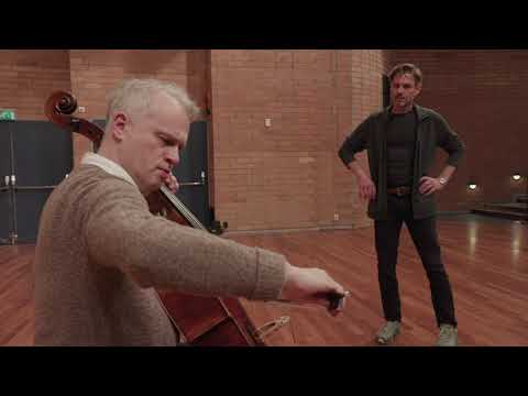 Thedéen testing newly built copy of Rostropovich-cello