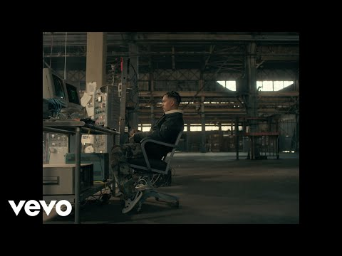 Tainy, Bad Bunny, Julieta Venegas – Lo Siento BB:/ (Official Video)