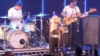 Paramore - Everywhere (Fleetwood Mac Cover) - Belfast