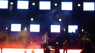 Carlos Baute en concierto , leon . te extraño porque te extraño , 10/17