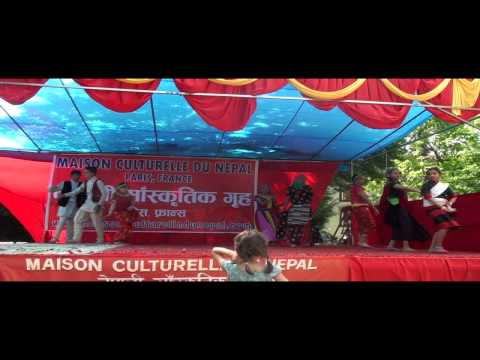 welcome dance – 9th Nepal Festival 2012 Paris