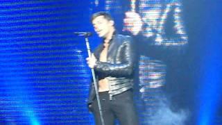 Ricky Martin - MAS Concert 2011 - Amsterdam - 02 - Vuelve
