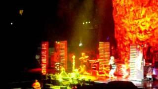 "Ke$ha performing ""Tik Tok"" LIVE at the staples center"