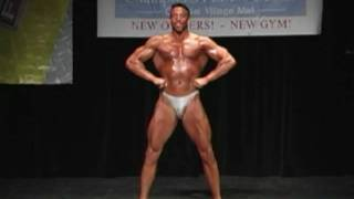 Lee Roupas' Posing Routine