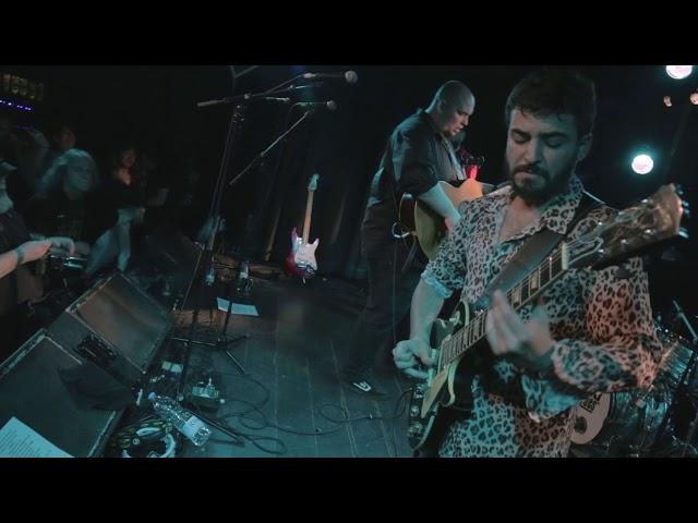 A Contra Blues - Chances (Live Apolo 2 - X Aniversario)