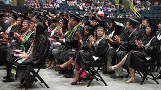 Más de 400 estudiantes celebraron con Toga y Birrete la obtención de su título en Hodges