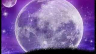 ~ SFINX - Intr-un cer violet ~