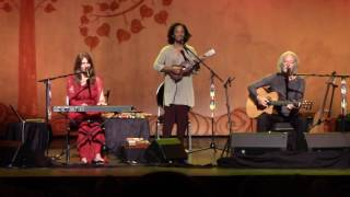 Deva Premal & Miten with Manose - Namaste -  Le Palace - Paris