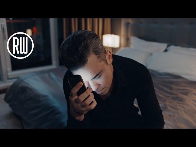 Video oficial de Mixed Signals de Robbie Williams