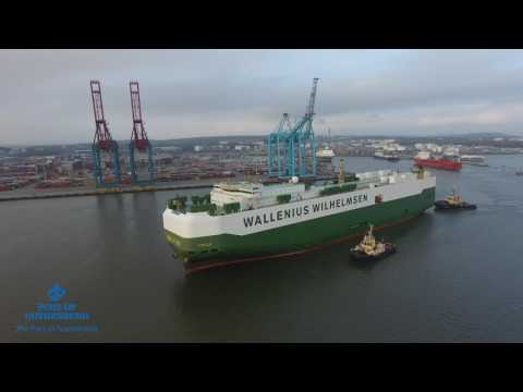 Wallenius Wilhelmsen car carrier 'Tosca' depart from the Port of Gothenburg