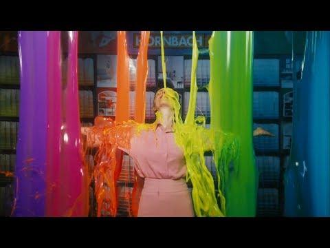 HORNBACHs möjligheter, Färgbrytning