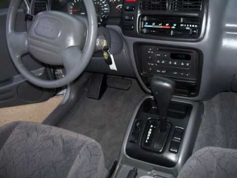 2002 chevrolet tracker problems online manuals and repair. Black Bedroom Furniture Sets. Home Design Ideas