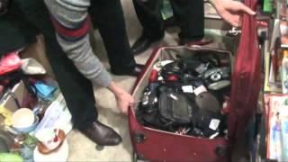 Havalimanında unutulan eşyalar satışa çıkarıldı
