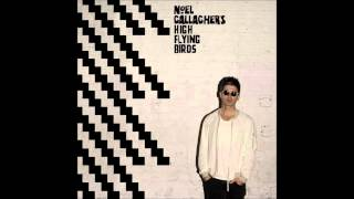 "Noel Gallagher - Revolution Song ""Chasing Yesterday 2015""(Studio Version)"