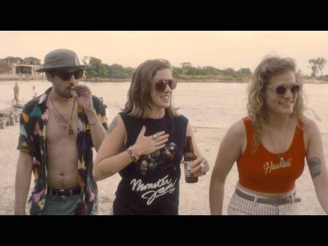 """Vídeo oficial de """"Blazed"""" de BOYTOY"""