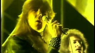 Saxon   And The Bands Played On Top Of The Pop 1981