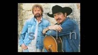 Twisted Texting #3  Brooks & Dunn