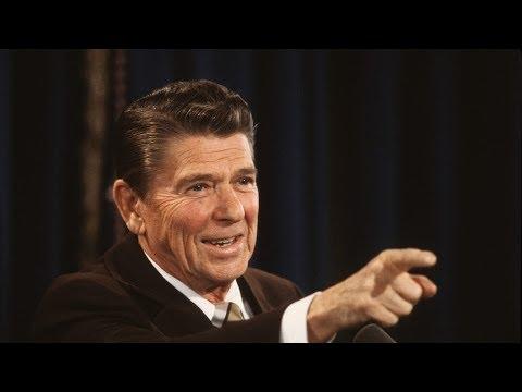 'Anti-Establishment' Alex Jones Suddenly Loves Ronald Reagan