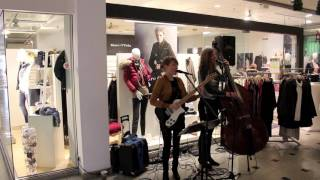 Glitter & Gold -  Live Musik im Einkaufszentrum / in der Shopping Mall