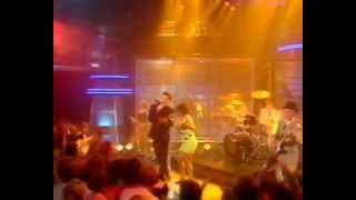 The Blow Monkeys feat. Sylvia Tella - Choice? (TOTP)