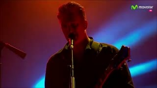 Queens Of The Stone Age - Go With The Flow (Live HD Concert)