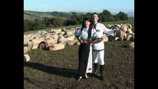 Adina Rosca si Robert Tarnaveanu - Ia-ma badita la oi