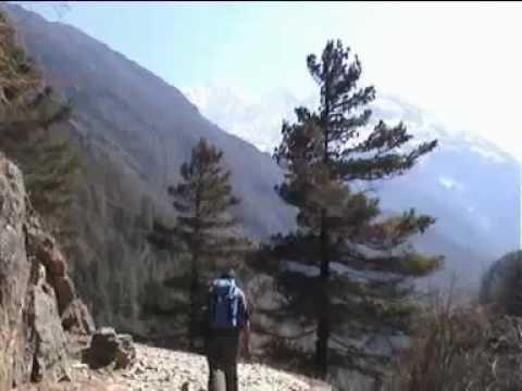 Nepal Trekking   Everest Trek Lukla to Namche Bazar