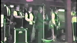 I'll Fly Away - Minnie Black's Gourd Band