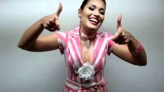 Milene Pavoro anunciando Erivelton Martins no Programa do Ratinho