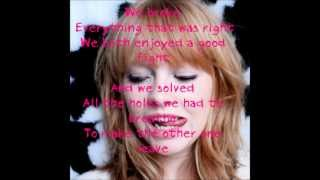 Lucy Rose Shiver Lyric Video