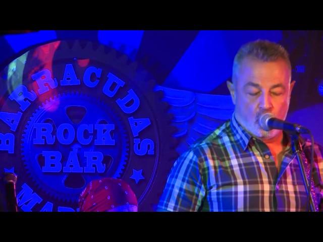 Video en directo de Credenbeat en sala Barracudas.