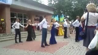 Шокирующий танец выпускников. Safura Drip Drop