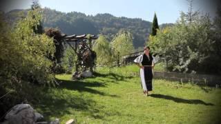 Maria Dan Paucean - Cine bea si canta mandru