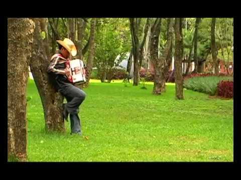 Mi Primer Amor de Katty Mazariegos Letra y Video