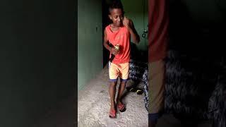 MC Hian Dançando reggae