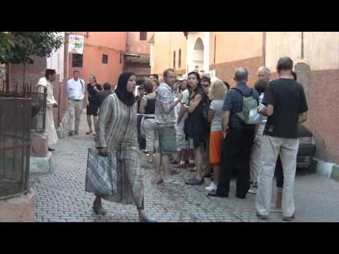 M015B-Tourists Ben Youssef.MOV