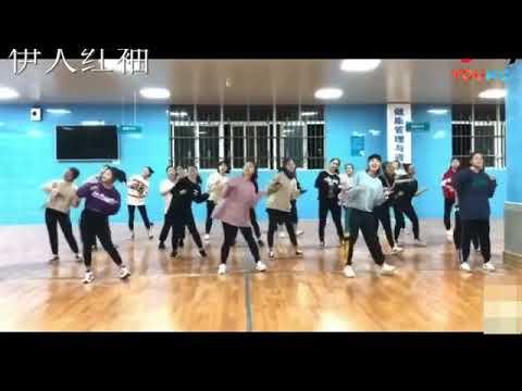 抖音热门舞蹈《东西》完整版, 准备元旦晚会的朋友们收藏起来  标清 - YouTube