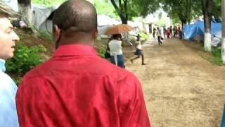 Argentina Oramos por Vos en Haiti.AVI