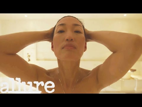 Korean Pop Star and Actress Jihae?s All-Natural Beauty | Power of Beauty | Allure