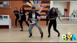 Enrique Iglesias - SUBEME LA RADIO zumba coreografía by: Gerson Dali
