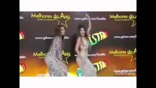 Paula Fernandes e Ivete Sangalo dançando Axé.