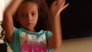 Mi helmana bailando