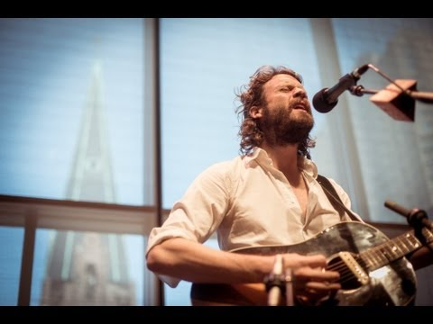 father-john-misty-hollywood-forever-cemetery-sings-acoustic-live-on-893-the-current-the-current