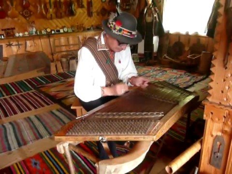 Roman Kumlyk From Ukraine Plays Tsymbaly (Dulcimer)