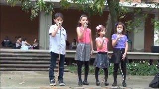 Concierto de grupo vocal infantil de música gospel.  Escuela de Idiomas, 28 de abril de 2016