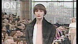 LOUIS VUITTON Fall 1999 2000 Paris - Fashion Channel
