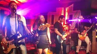 Evanecence - Bring Me To Life by Donna Benta part. Amelus, Dotto e Felipe Dutra (cover)